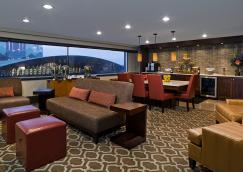 Hotel Attractions Niagara Falls, NY